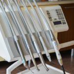 Jak należycie dbać o swoje zęby, istotna jest profilaktyka
